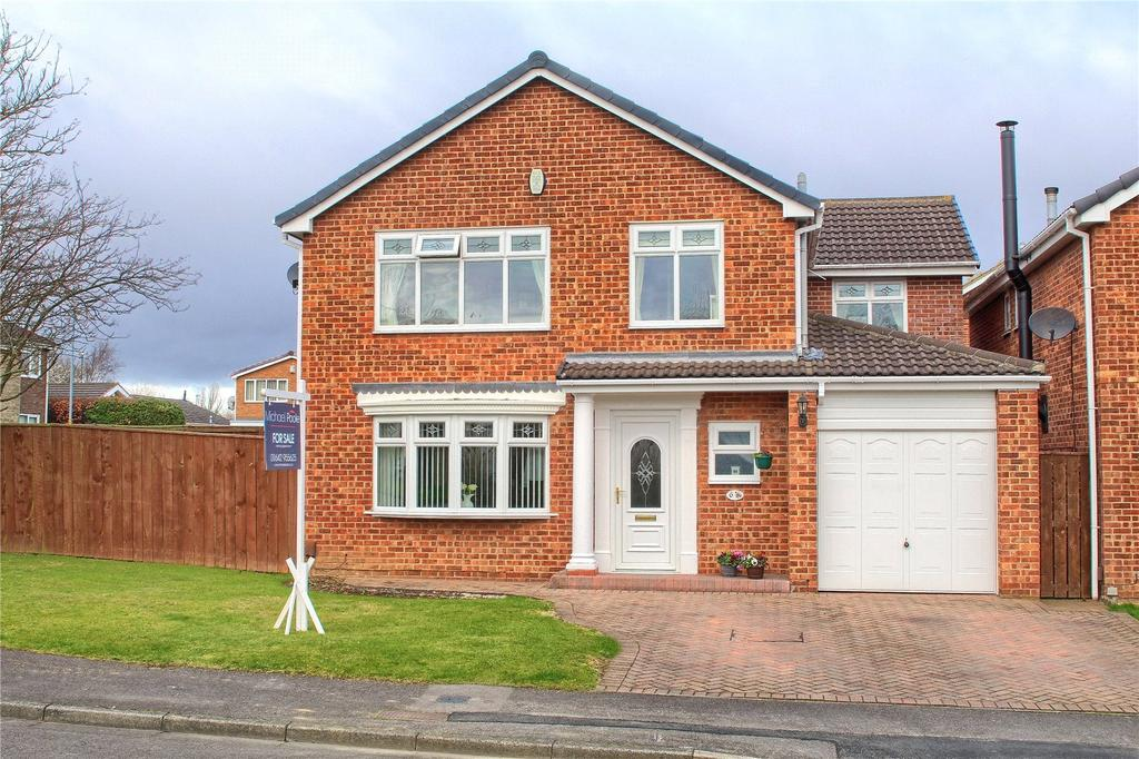 4 Bedrooms Detached House for sale in Brass Wynd, Nunthorpe