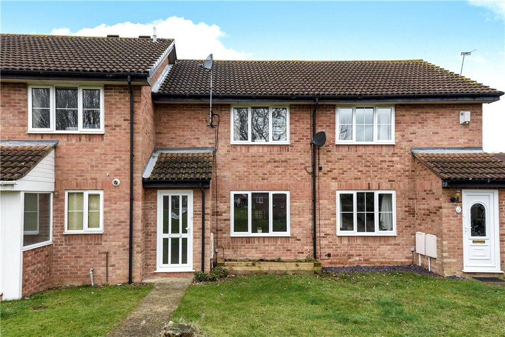 2 Bedrooms Terraced House for sale in Syon Gardens, Newport Pagnell, Buckinghamshire