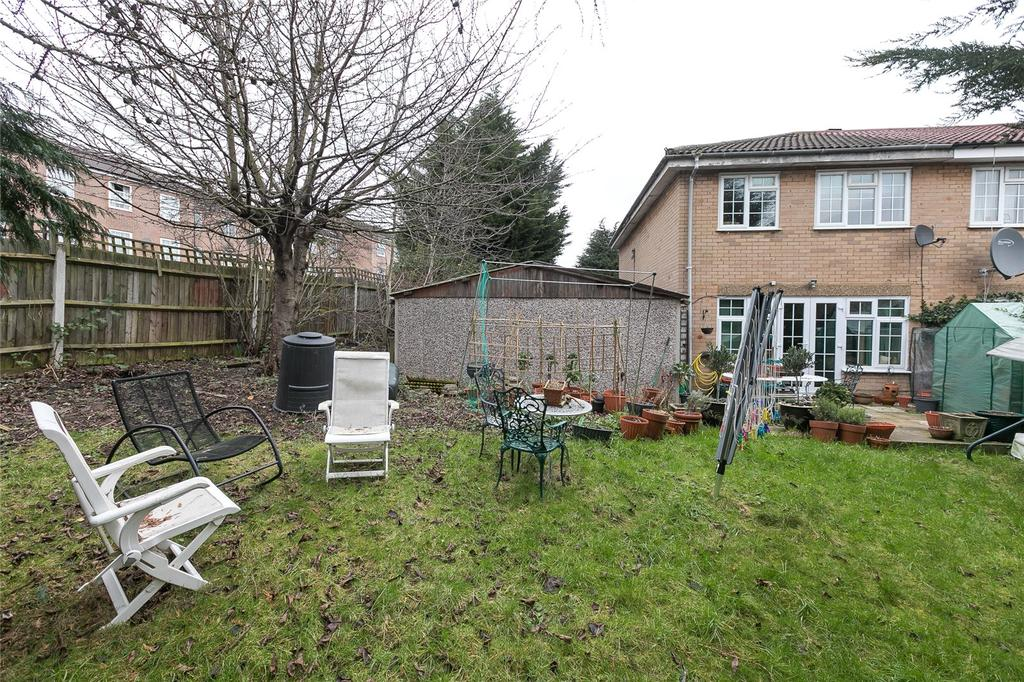 3 Bedrooms End Of Terrace House for sale in Aspen Drive, Wembley, HA0