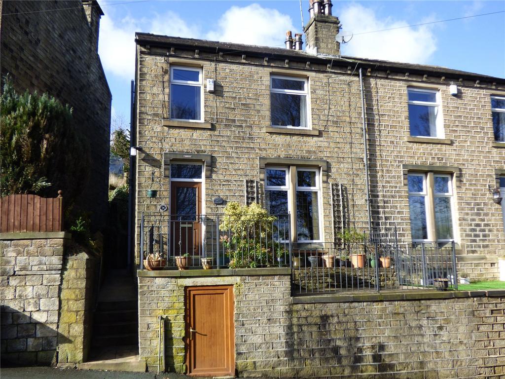 3 Bedrooms Semi Detached House for sale in Crimble Bank, Slaithwaite, Huddersfield, HD7