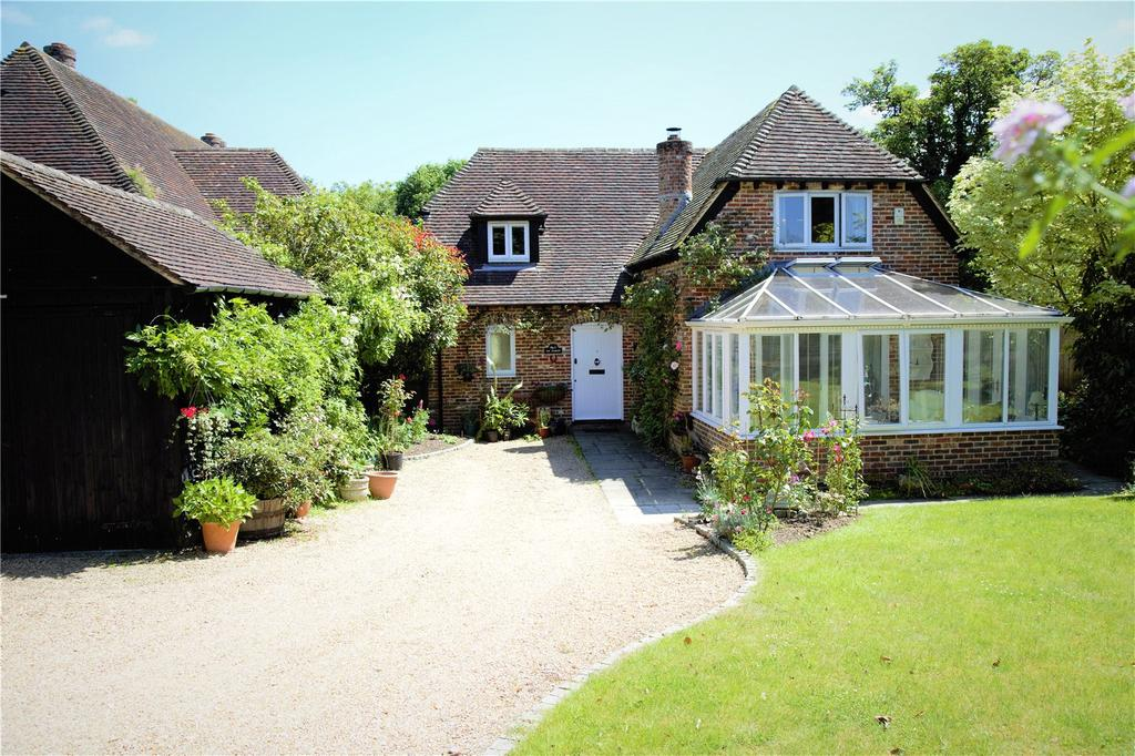 3 Bedrooms Detached House for sale in Pound Farm Barns, Chawton, Hampshire