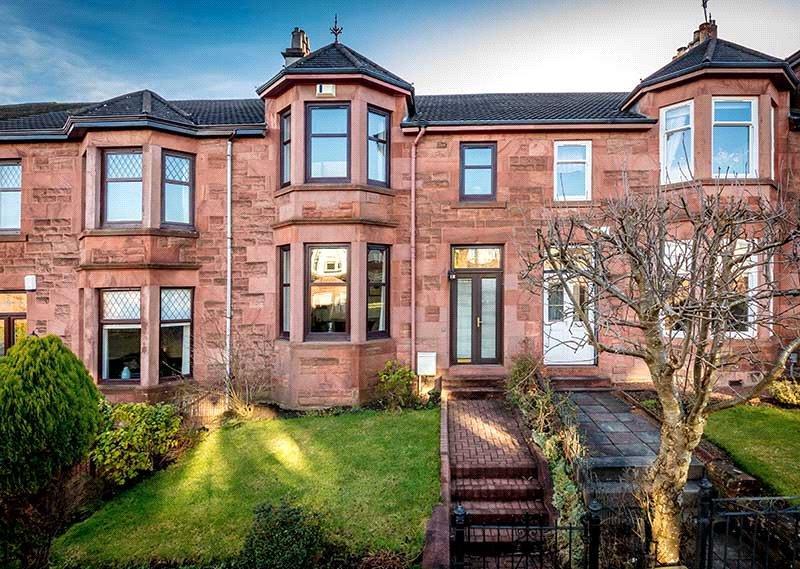 3 Bedrooms Terraced House for sale in Lockerbie Avenue, Newlands, Glasgow, G43