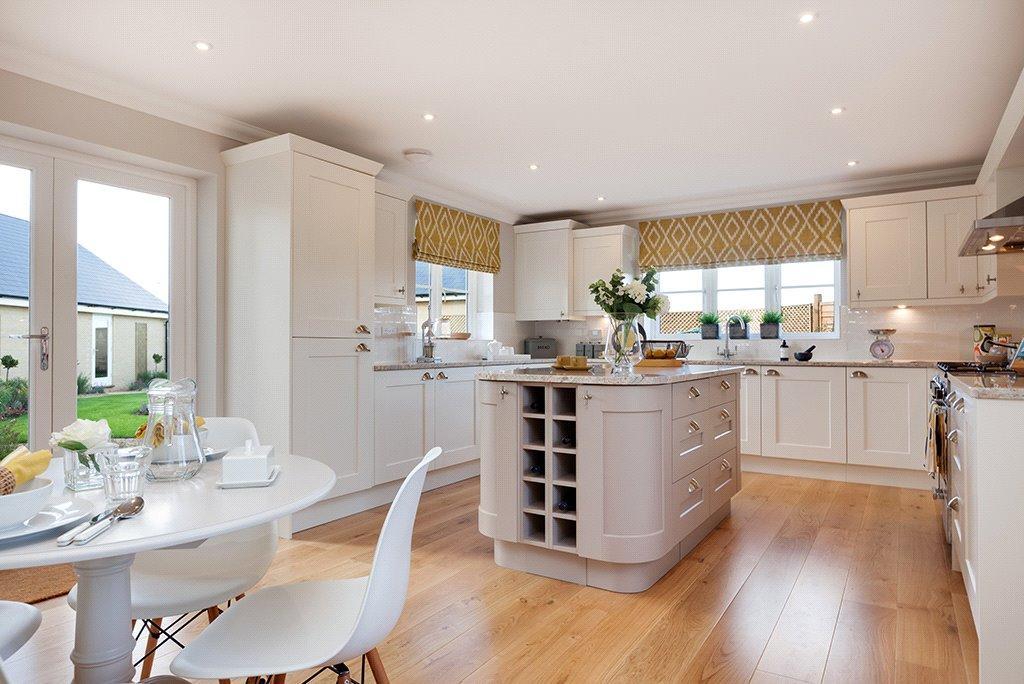 2 Bedrooms Flat for sale in Alconbury Weald, Alconbury, Huntingdon, Cambridgeshire, PE28
