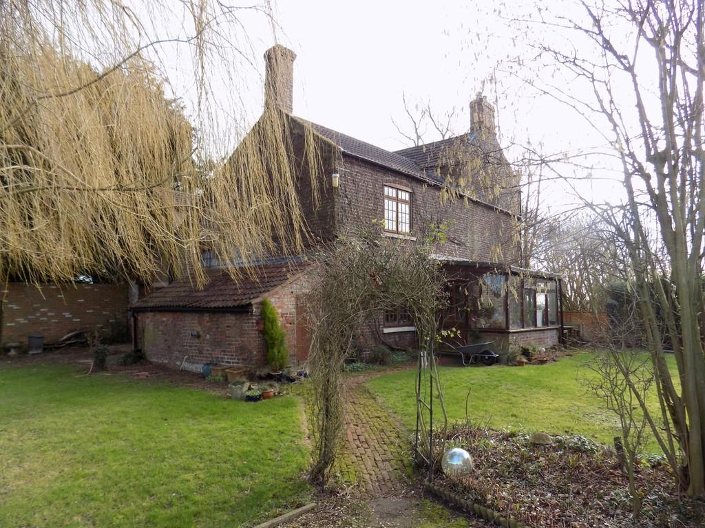 6 Bedrooms Farm House Character Property for sale in Plash Drove, Wisbech St Mary, Wisbech
