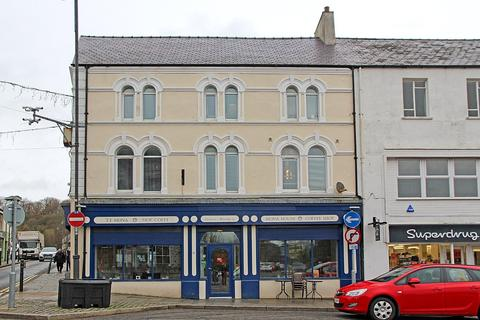 1 bedroom apartment for sale - Church Street, Llangefni, North Wales