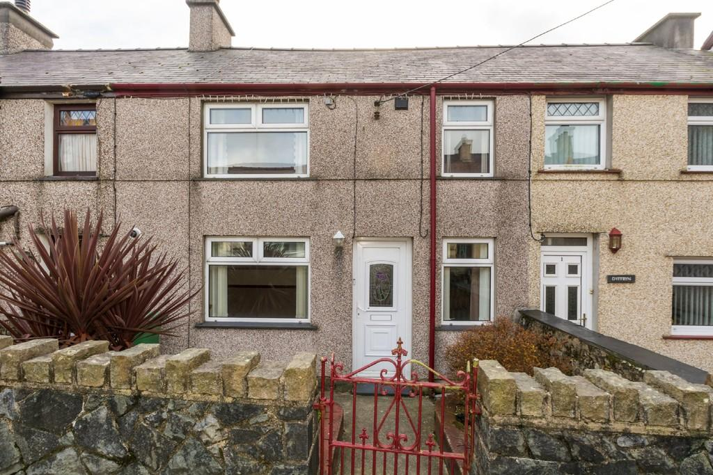 2 Bedrooms Terraced House for sale in Llwyndu Road, Penygroes, North Wales