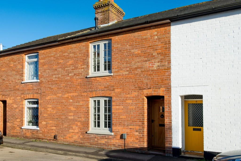 2 Bedrooms Terraced House for sale in STANPIT