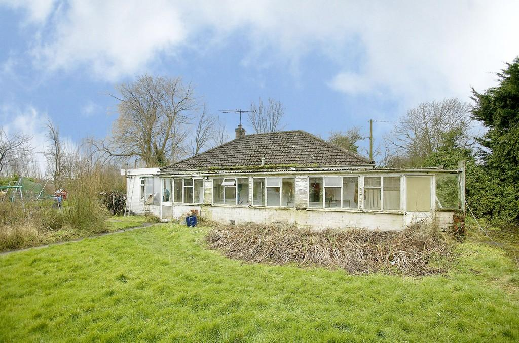 2 Bedrooms Detached Bungalow for sale in Drury Square, Beeston