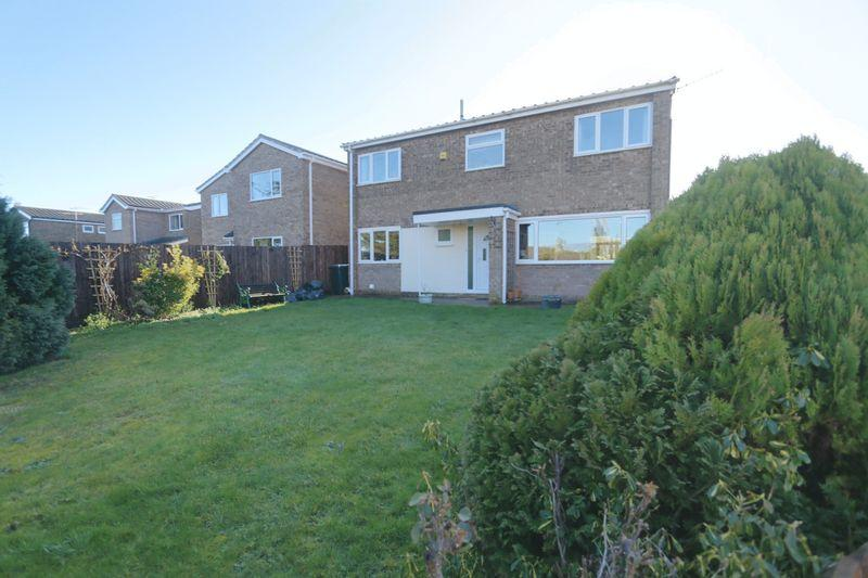 4 Bedrooms Detached House for sale in Longfields, Ely