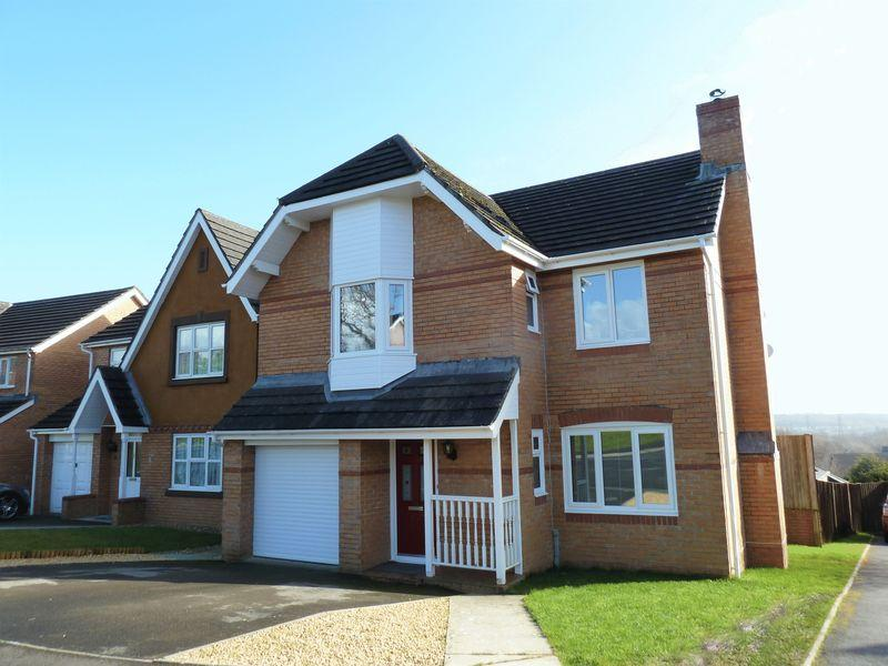 4 Bedrooms Detached House for sale in Llys Teg Broadlands Bridgend CF31 5BH