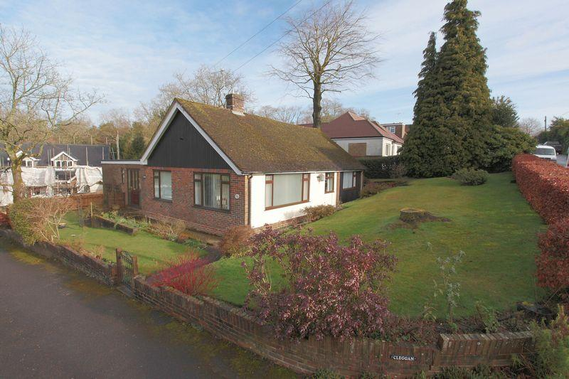 3 Bedrooms Detached Bungalow for sale in Ghyll Road, Crowborough, East Sussex