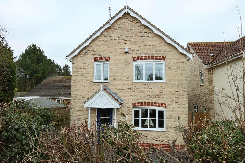4 Bedrooms Detached House for sale in High Street, Kessingland