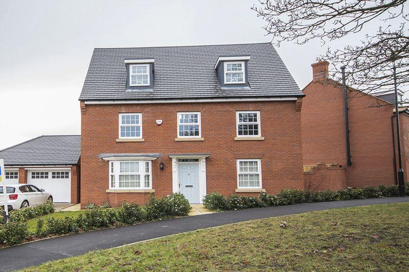 5 Bedrooms Detached House for sale in 38 Richardby Crescent, Mount Oswald, Durham