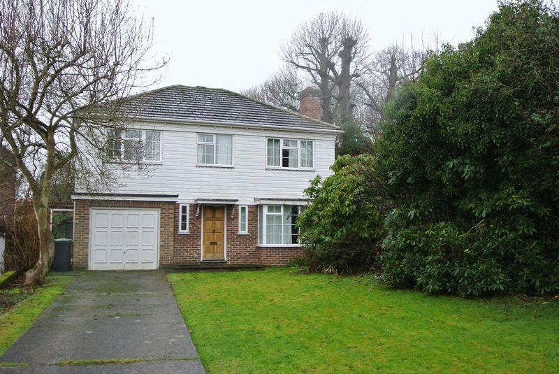 4 Bedrooms Detached House for sale in Wichling Close, Canterbury