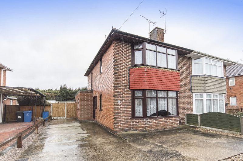 2 Bedrooms Semi Detached House for sale in Ellesmere Avenue, Derby
