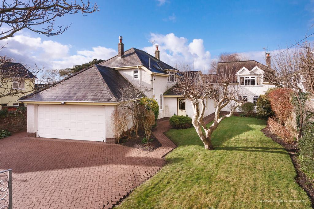 5 Bedrooms Detached House for sale in THE BWLCH, CLEVIS HILL, NEWTON, PORTHCAWL, CF36 5NT