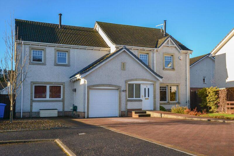 5 Bedrooms Detached House for sale in Tullibody Road, Alloa, Stirling, FK10 2DB