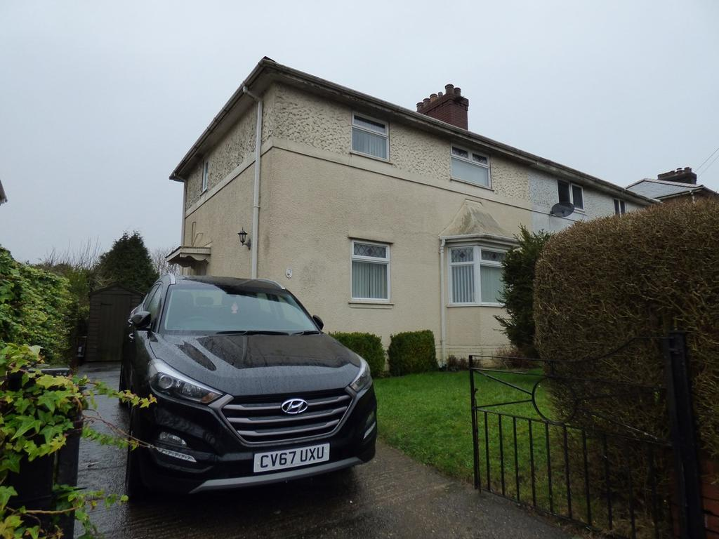 3 Bedrooms Semi Detached House for sale in Maes Y Gruffydd Road, Sketty, Swansea, SA2
