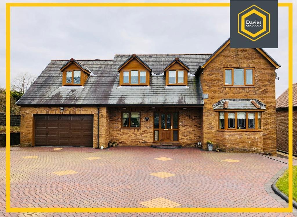 5 Bedrooms Detached House for sale in Pen-Y-Mynydd, Llanelli, SA15