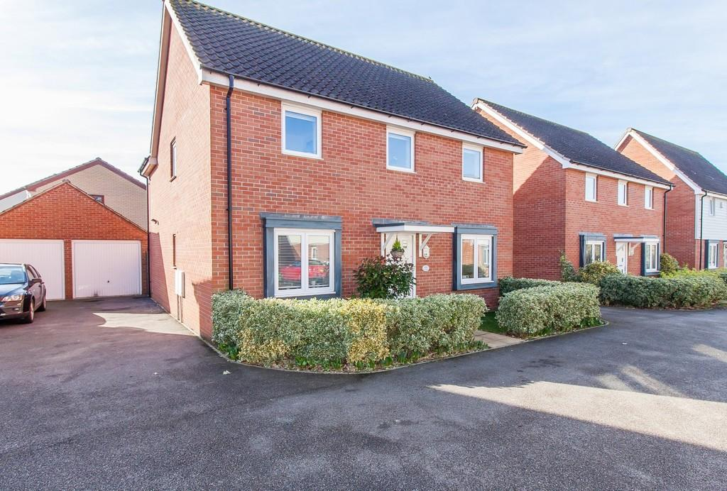 4 Bedrooms Detached House for sale in Anson Road, Upper Cambourne