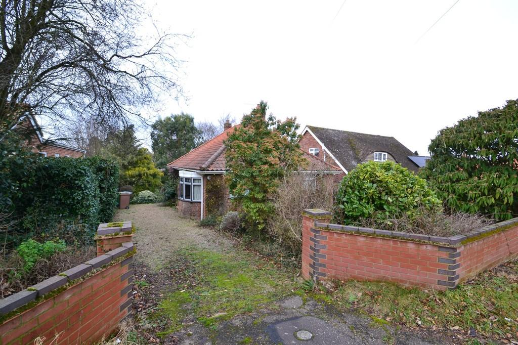 3 Bedrooms Detached Bungalow for sale in Burma Road, Old Catton
