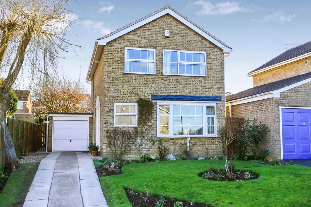 4 Bedrooms Detached House for sale in Heron Drive, Sandal