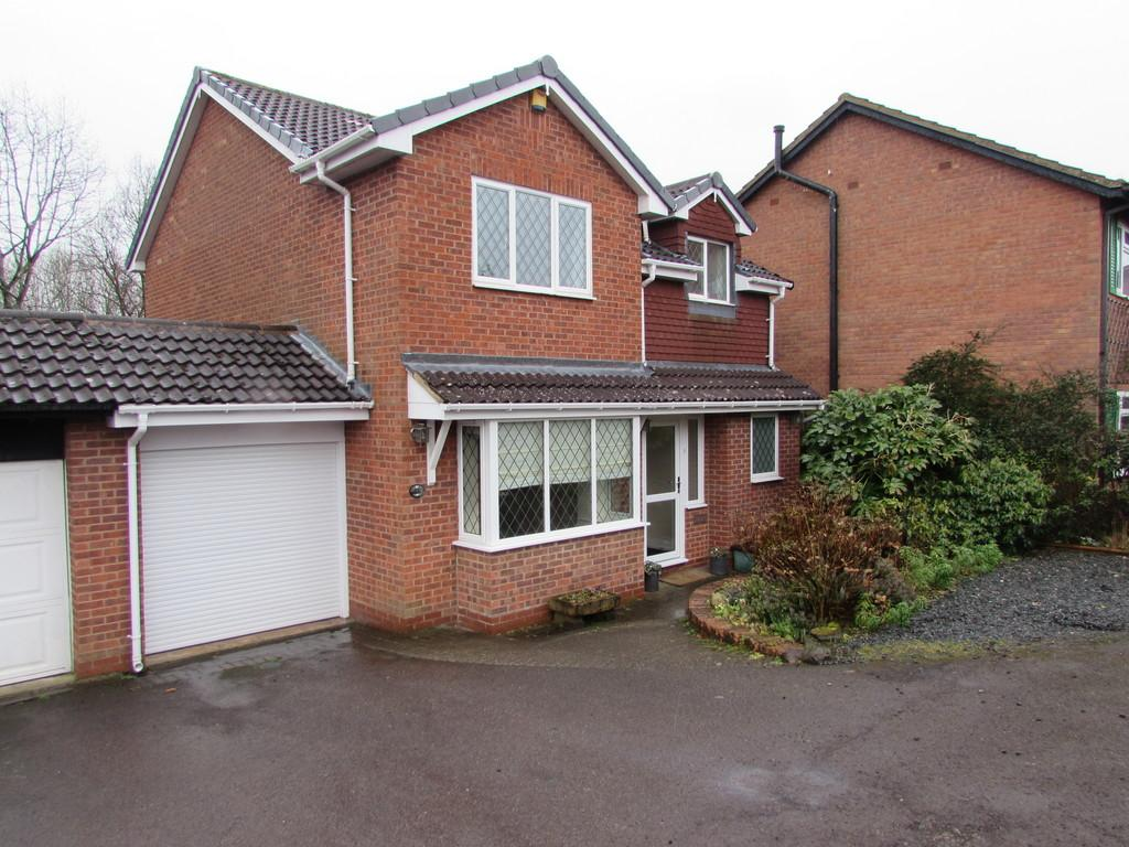 3 Bedrooms Link Detached House for sale in Framefield Drive, Solihull