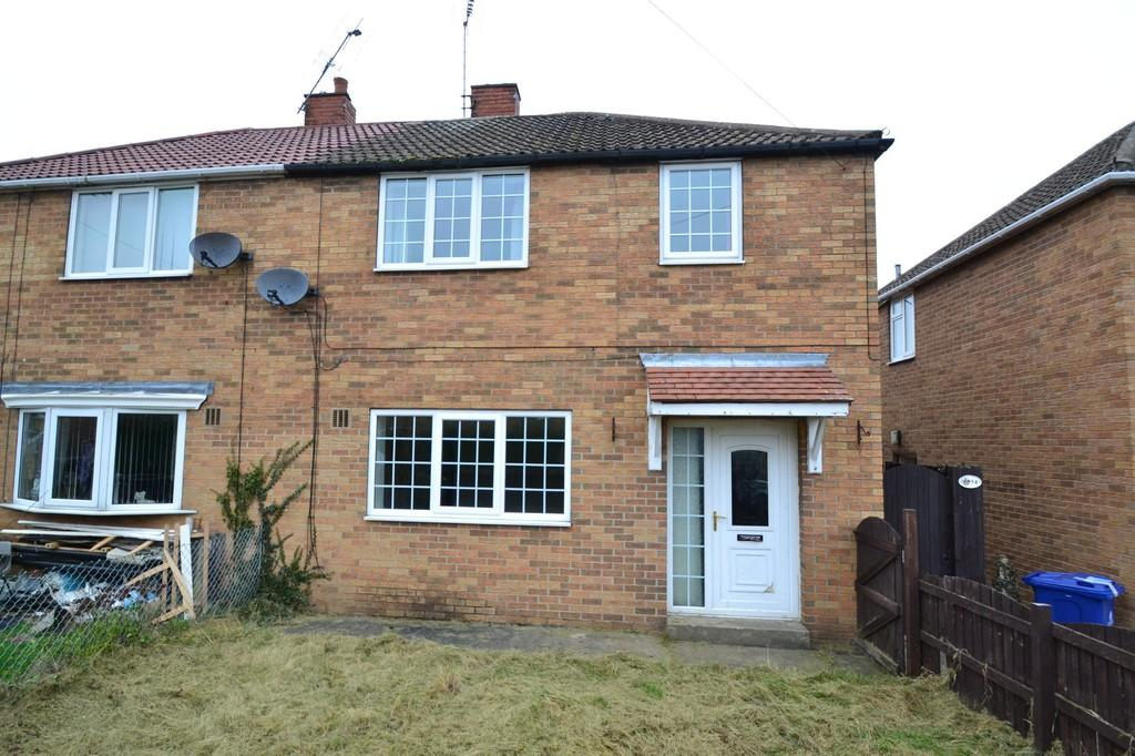 3 Bedrooms Semi Detached House for sale in Shakespeare Avenue, Campsall, Doncaster
