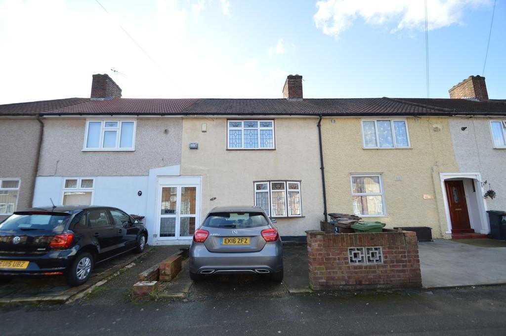 2 Bedrooms Terraced House for sale in Holgate Road, Dagenham