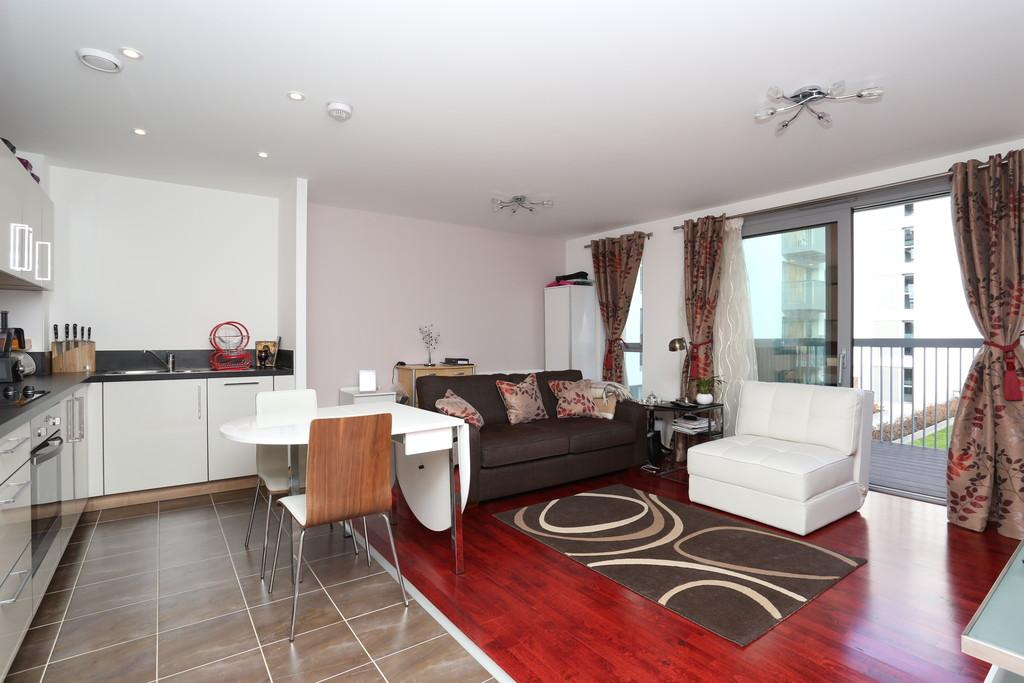 1 Bedroom Apartment Flat for sale in Heron Place Bramwell Way Silvertown E16