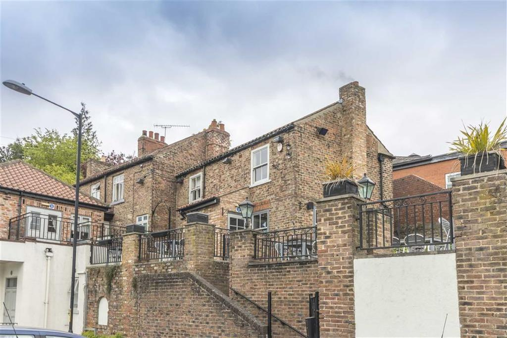 3 Bedrooms Apartment Flat for sale in Skellbank, Ripon, HG4