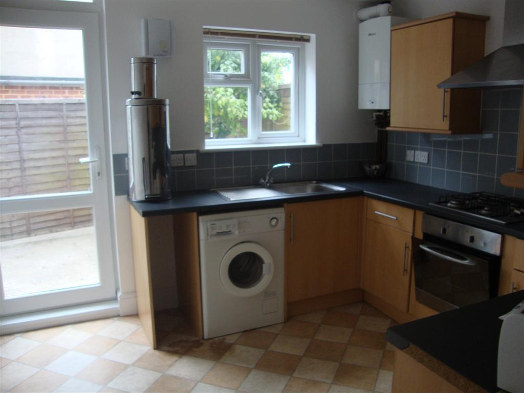 5 Bedrooms End Of Terrace House for rent in St Lukes Road, Brighton
