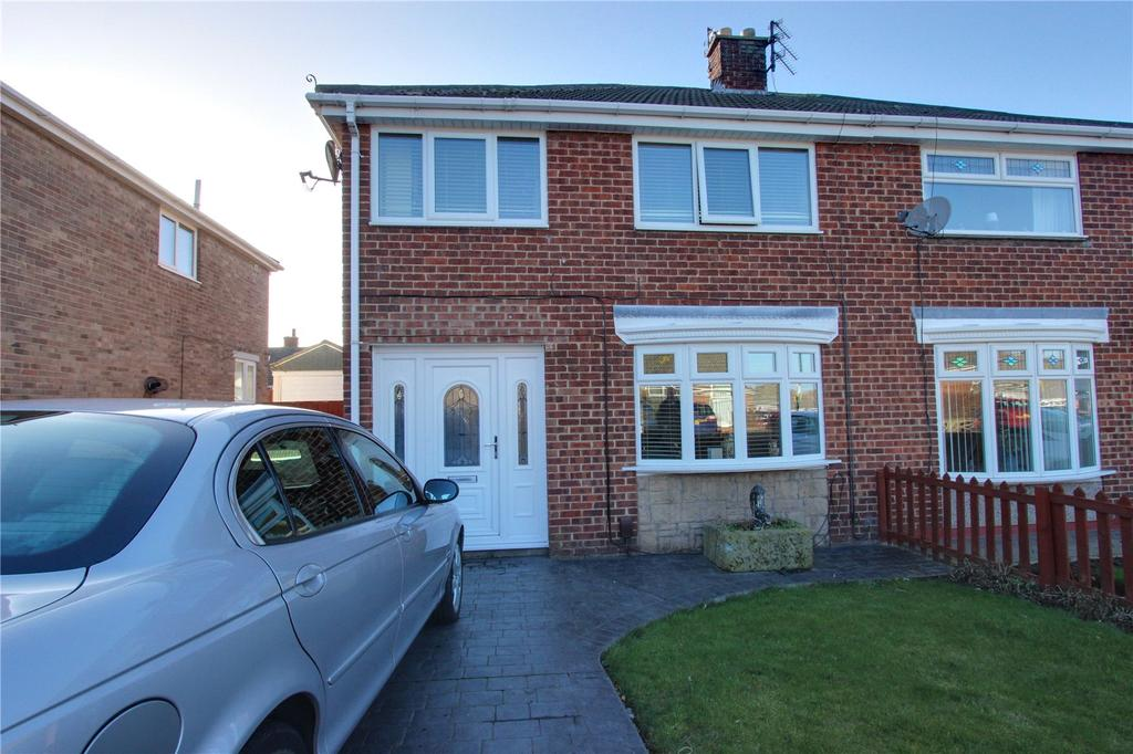 3 Bedrooms Semi Detached House for sale in Ripon Way, Eston