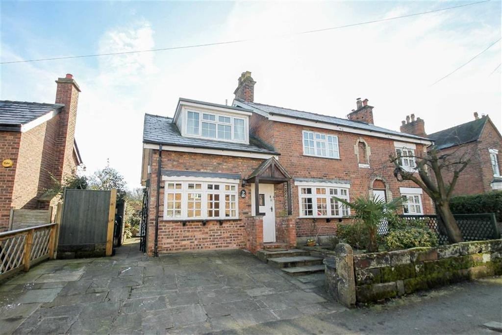 3 Bedrooms Semi Detached House for sale in Church Street, Davenham