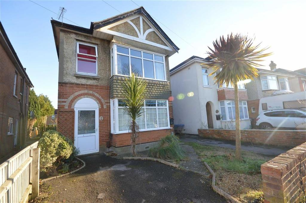 3 Bedrooms Flat for sale in Edgehill Road, Bournemouth, Dorset, BH9