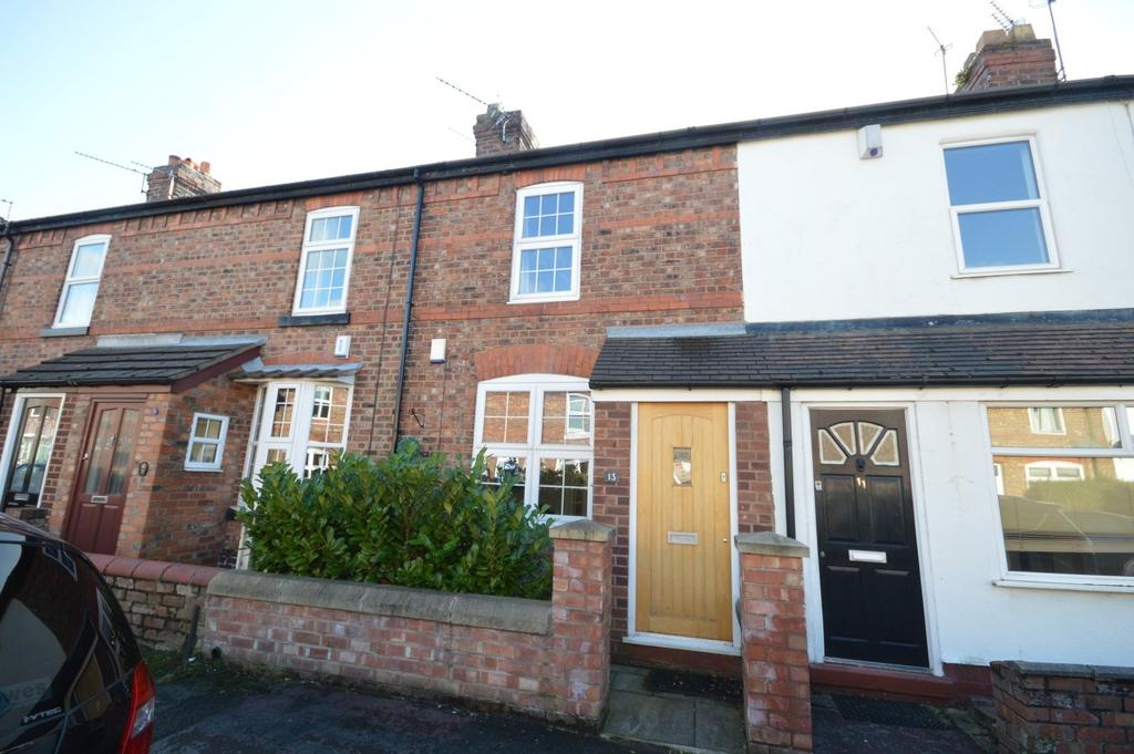 2 Bedrooms Terraced House for sale in Leonard Street, Stockton Heath, Warrington