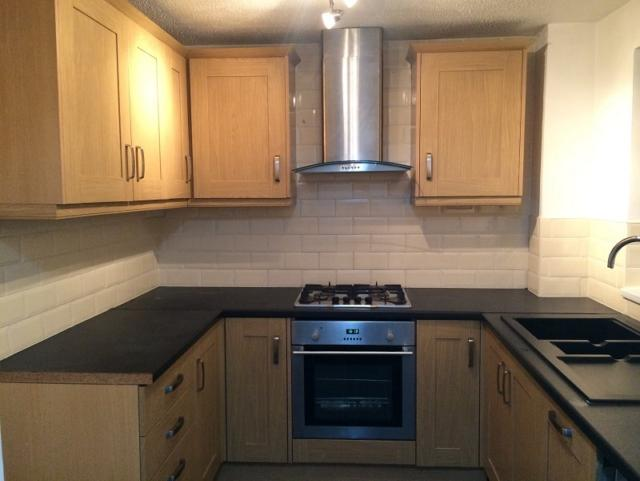 2 Bedrooms End Of Terrace House for rent in Pant Yr Helyg, Fforestfach, Swansea. SA5 4BH