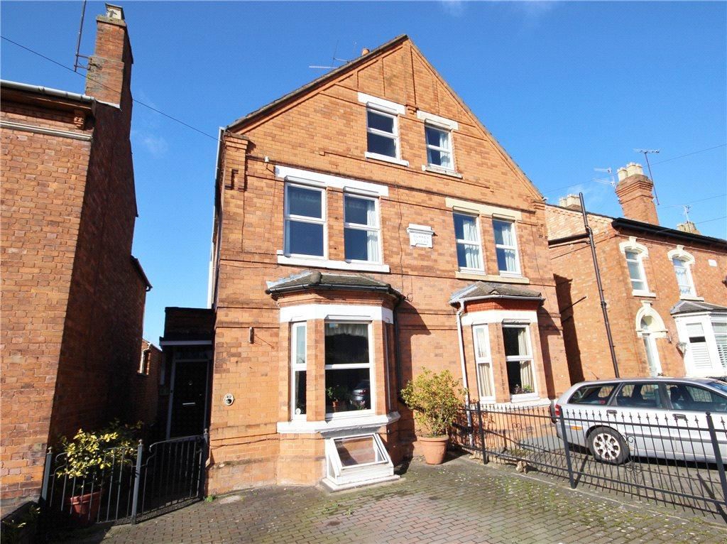 4 Bedrooms Semi Detached House for sale in Rainbow Hill, Worcester, Worcestershire, WR3