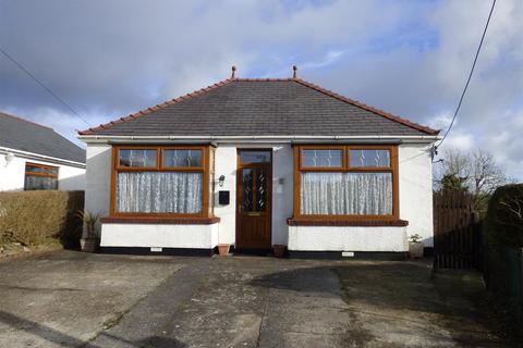 2 bedroom bungalow for sale - Heol Hen, Five Roads
