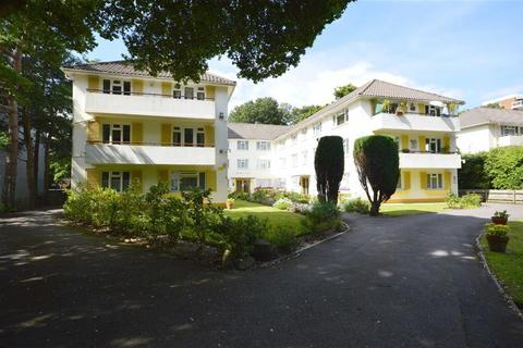 3 bedroom flat for sale - Albemarle Court, Bournemouth, BH1