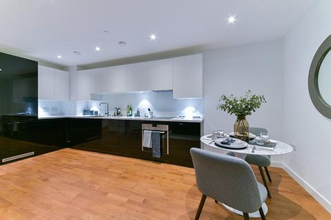 2 bedroom flat to rent - Discovery Tower, Terry Spinks Place, Canning Town, London, E16