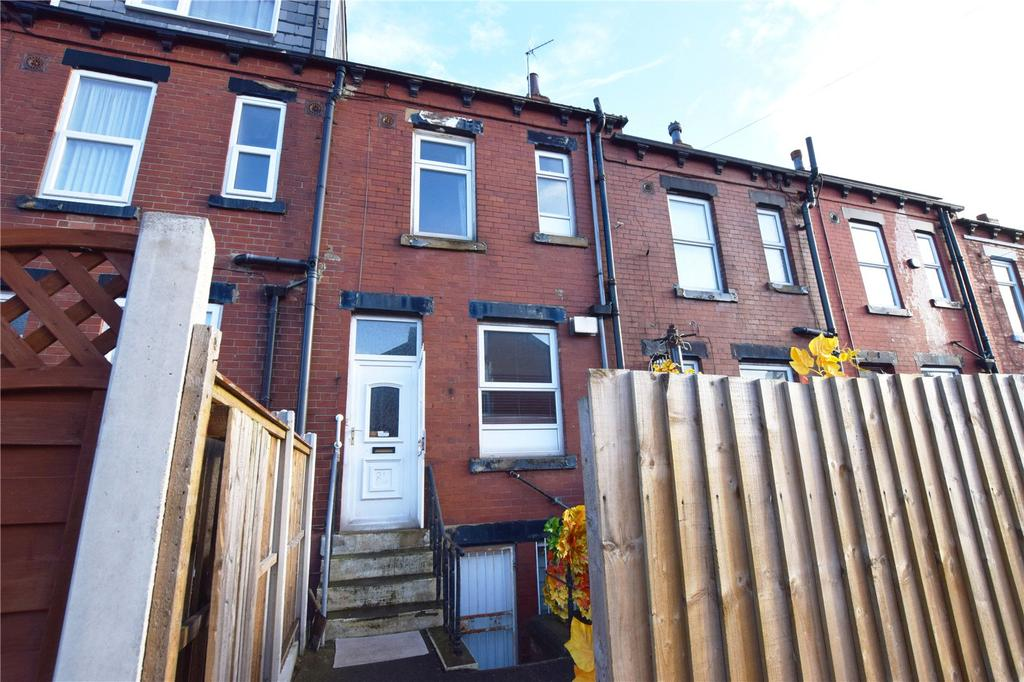 3 Bedrooms Terraced House for sale in Harlech Road, Leeds, West Yorkshire, LS11