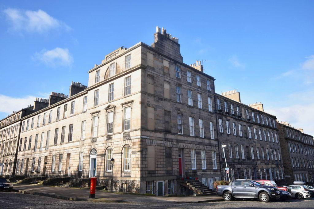 1 Bedroom Ground Flat for sale in 2B, Scotland Street, Edinburgh, EH3 6PS