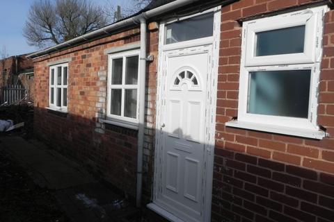 Studio to rent - Sandwell Street, Walsall, WS1 3EG