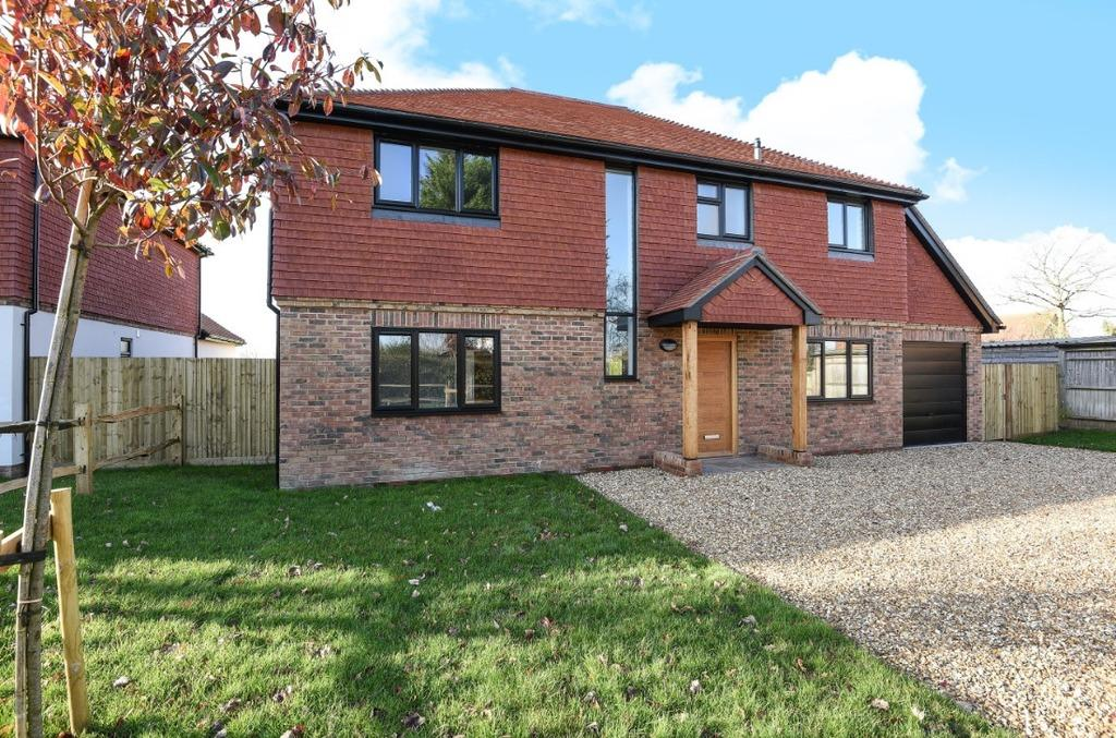 4 Bedrooms Detached House for sale in The Grange, Hickstead Lane Hickstead RH17