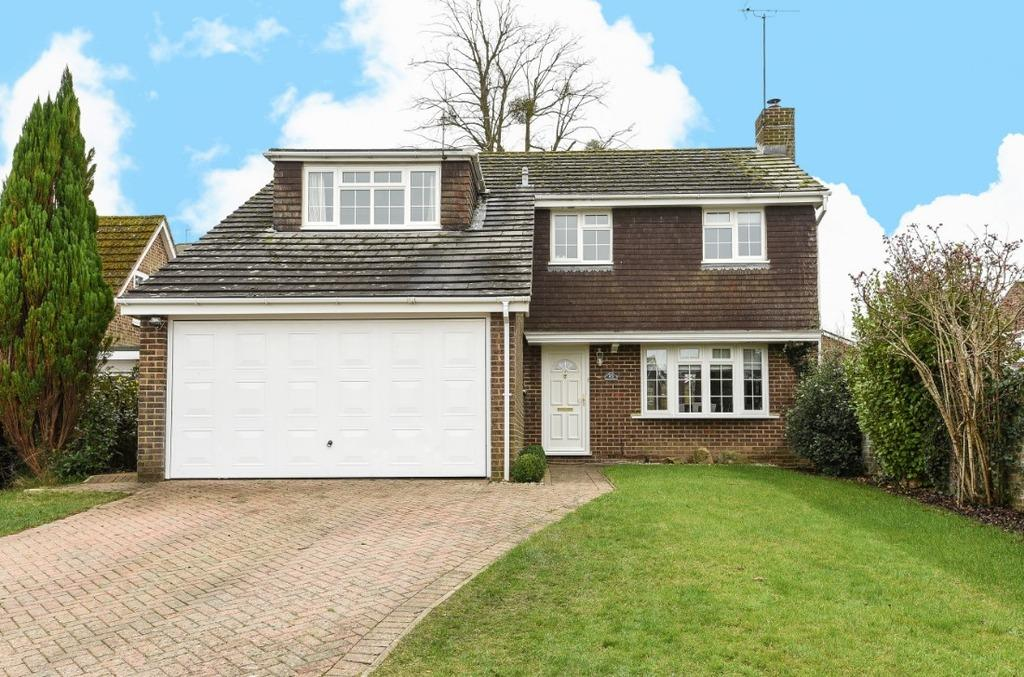 4 Bedrooms Detached House for sale in Kymer Gardens Hassocks West Sussex BN6