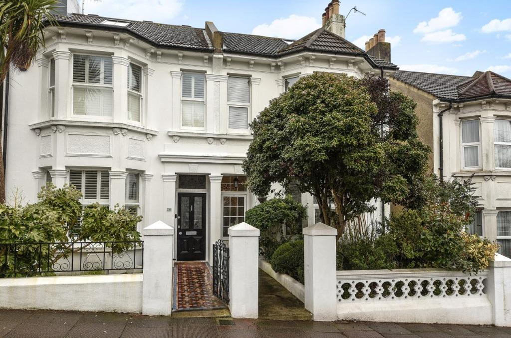 4 Bedrooms Semi Detached House for sale in Waldegrave Road Brighton East Sussex BN1