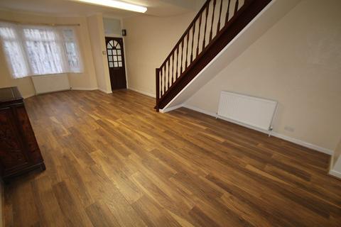 3 bedroom terraced house to rent - Gordon Road, N9