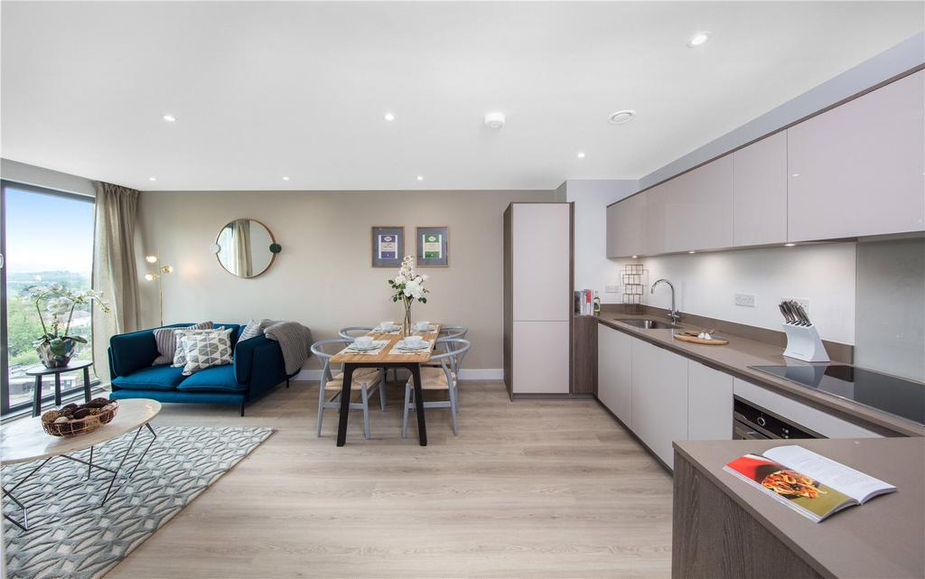 2 Bedrooms Flat for sale in S21 Bourchier Court, London Road, Sevenoaks, Kent, TN13