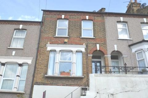 2 bedroom house to rent - Tewson Road, London, SE18 1AZ